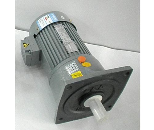CPG晟邦齿轮减速马达立式1500W 1:3至1:1800
